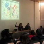 Mariana Santos en su charla en la Universidad Finis Terrae